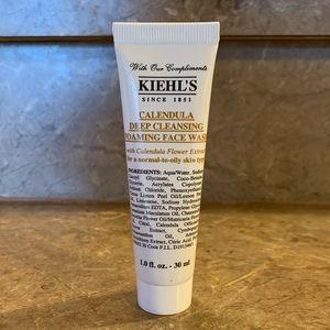 ❤️ 2/$15 Kiehl's Calendula Face Wash Mini